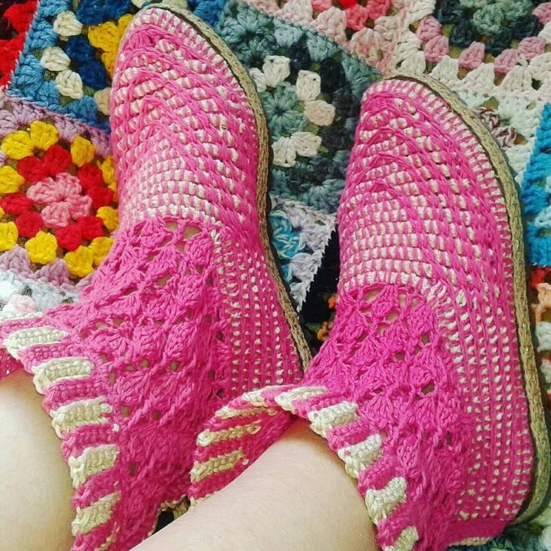 25 Patterns For Unique Crochet Slippers Tutorials Crochet Patterns